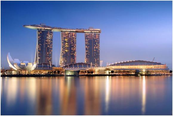 """فندق """"مارينا باي ساندز"""" (Marina Bay Sands) في سنغافورة، وهو الفندق الآسيوي الوحيد في القائمة، ويبلغ عدد زواره من الأثرياء 3100"""