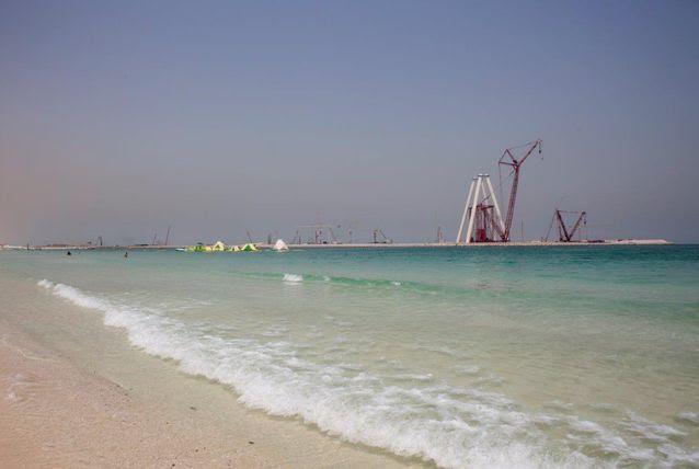 كيف ستبدو جزيرة بلو ووتر الإماراتية بعد انتهائها - صور