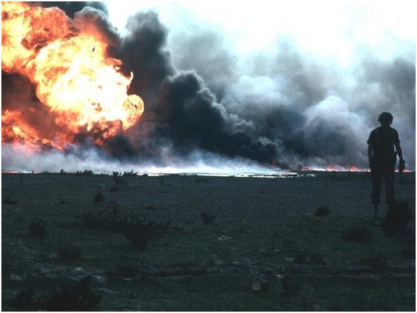 يمثل النفط أكثر من نصف الناتج الإجمالي المحلي للكويت التي تأتي في المركز السادس باحتياطي نفط مؤكد يبلغ 104 مليار برميل، وتخطط