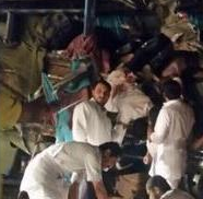 تصادم خطير يودي بحياة 11 عمانيا بالقرب من هجرة خريص