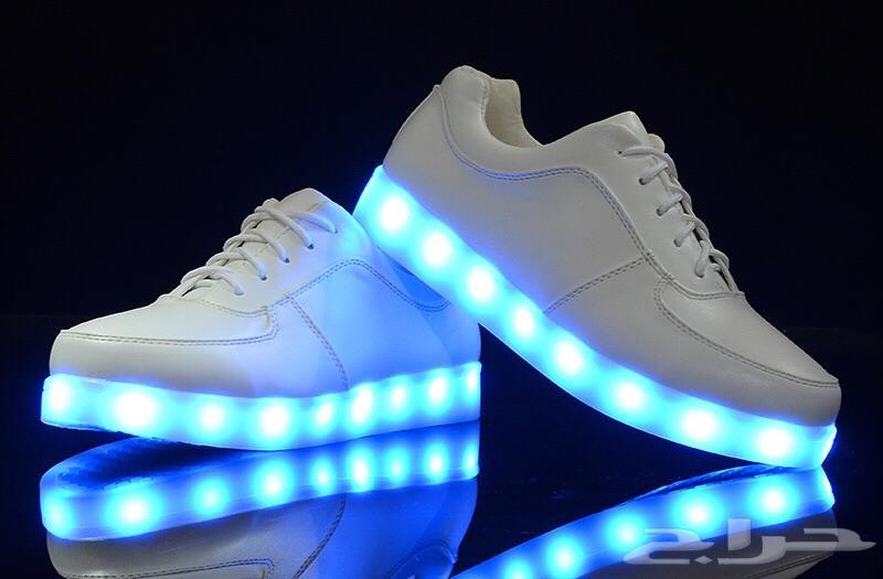 الأحذية المضيئة: تحتوي أيضاً على مادة الزئبق، وهي من المعادن الثقيلة التي إذا دخلت الجسم عن طريق الجلد فيصعب التخلص منها، وحين