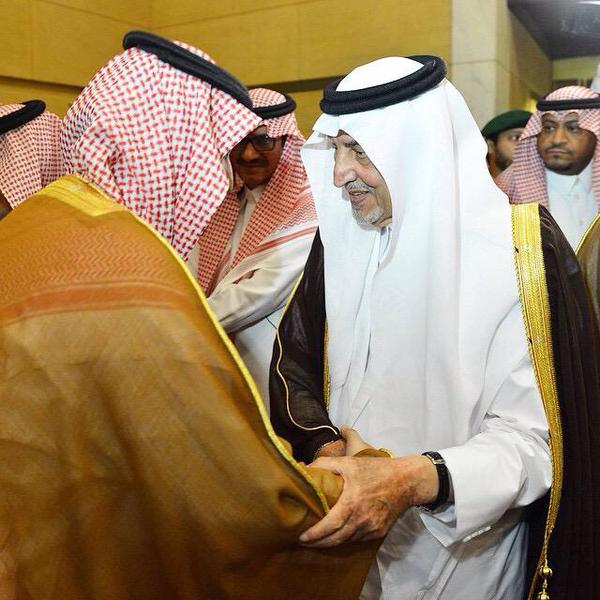 سعود الفيصل مبايعاً محمد بن نايف.. وخالد الفيصل يشد على يد محمد بن سلمان دعماً له