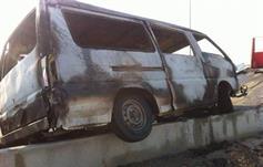 الحافلة بعد إخماد الحريق