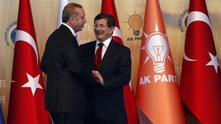 أردوغان يصدق على تشكيلة حكومة داوود أوغلو المؤقتة
