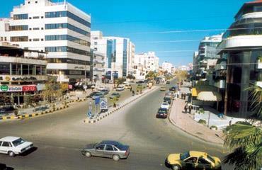 شهامة أردني تسهم في إنقاذ سعودية أصيبت في حادث تصادم بعمَّان
