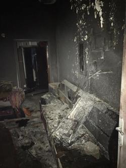 مواطن يحرق شقة ويتسبب في وفاة وإصابة 8 من عائلة واحدة بالدمام.. والسبب خلافات