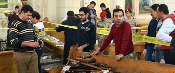 تشييع ضحايا تفجيري أحد السعف في مصر ومجلس الوزراء يقر إعلان حالة الطوارئ
