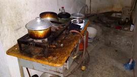 بلدية وسط الدمام : تغلق 168 محلا وتتلف أكثر من 6 أطنان مواد غذائية غير صالحة للاستهلاك