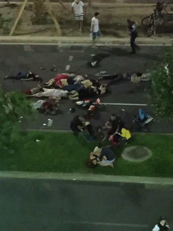 عشرات القتلى في حادث الدهس في نيس الفرنسية