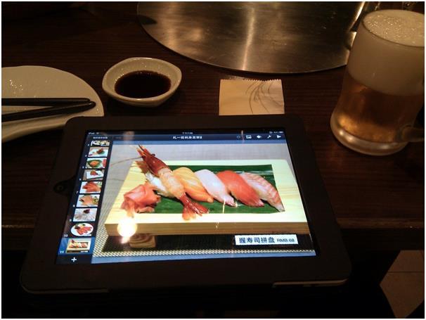 """يعتمد تطبيق """"Tap Menu"""" على الصورة، إذ يمكن أن تستخدمه الشركات والمطاعم والفنادق والمتاجر، حيث يمكنه أن يعرض القوائم والكتب أو"""