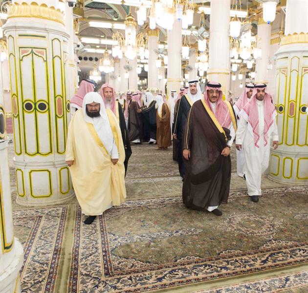 سمو ولي العهد يزور المسجد النبوي