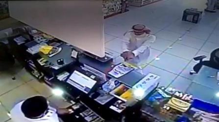 دوريات أمن الرياض تضبط جانيًا نفَّذ 18 جريمة سطو مسلح خلال أسبوع