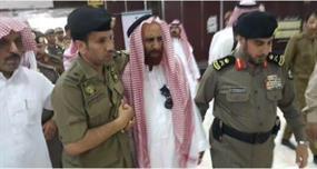 صورة لوالد النقيب القحطاني ترصد فاجعته لدى تلقيه نبأ استشهاده