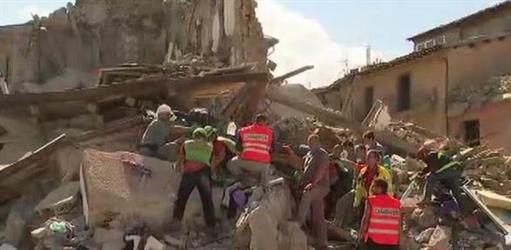 ارتفاع حصيلة قتلى زلزال إيطاليا إلى 120 قتيلا على الأقل