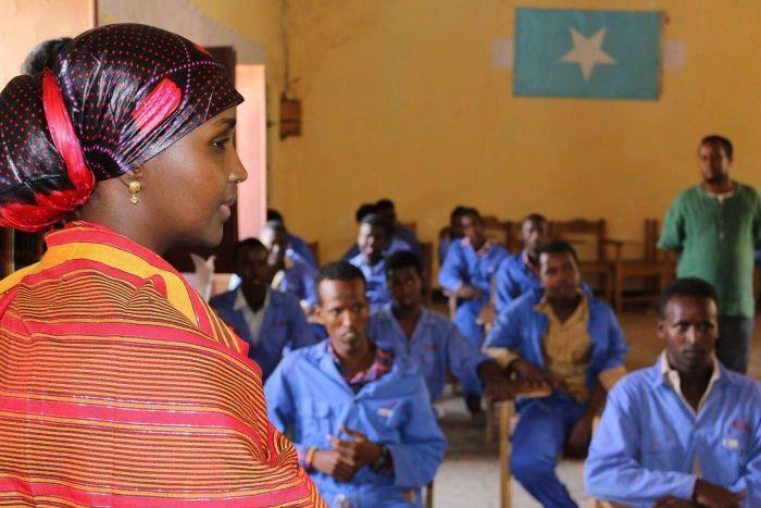 بالصور.. تعرف على أول سيدة تسعى لرئاسة الصومال