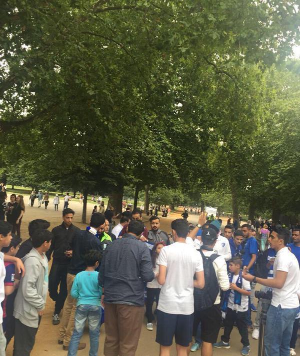 بالصور: اعلام النصر والهلال تزين لندن قبل السوبر