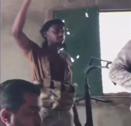 8 جنود سعوديين يوثقون انتصارهم بعد عملية نوعية بجازان أسفرت عن مقتل 9 حوثيين