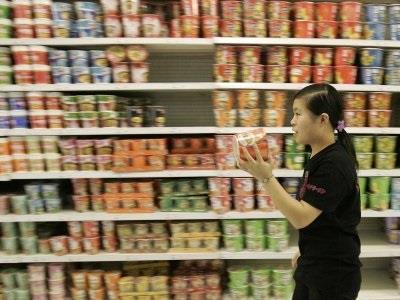 استهلك الصينيون عام 2011 ، بواقع 42.5 مليار عبوة مكرونة (نودل)، ما يكفي لغذاء شعب الجزائر (38 مليون نسمة)، بمعدل ثلاث وجبات يو