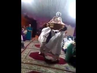 عروس تتعرض لموقف محرج في حفل زفافها