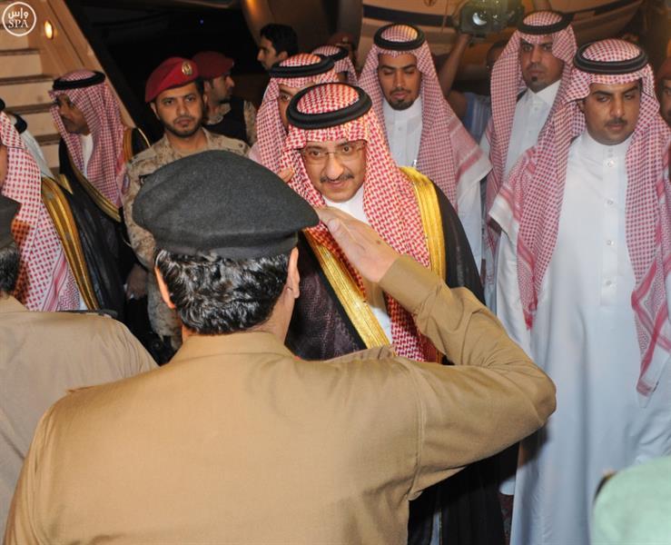 نائب خادم الحرمين يصل إلى عسير لتقديم العزاء لذوي شهداء الواجب