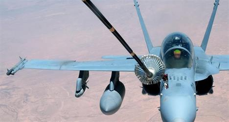 بعد تهديد روسي.. الجيش الأميركي يعيد تموضع طائراته فوق سوريا
