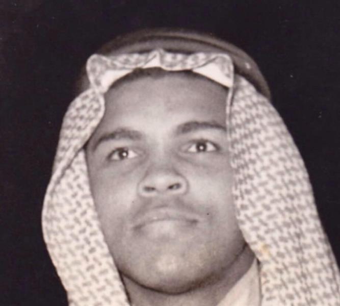 تفاصيل زيارة محمد علي كلاي للمملكة قبل 44 عاماً والترحيب والحفاوة التي لقيها