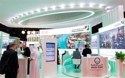 دبي: إلزام تاجر بتصليح هاتف قيمته 22 ألف درهم لسائح صيني