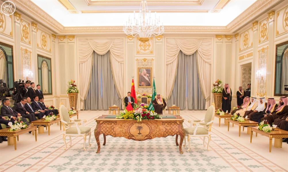 خادم الحرمين الشريفين يعقد جلسة مباحثات مع فخامة الرئيس الصيني