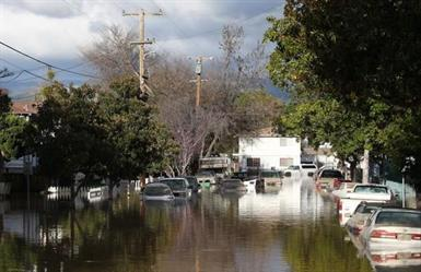 القنصلية العامة للمملكة في لوس انجليس: لابلاغات من السعوديين جراء الأمطار في ولاية كاليفورنيا