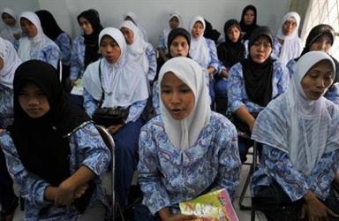 السفير السيرلانكي: 100 ألف عاملة منزلية سيرلانكية بالمملكة ونسعى للحد من الهروب