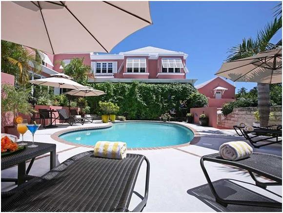 """وتضمنت القائمة مدينة """"برمبوك"""" في جزر برمودا، والتي يمكن أن يصل سعر الغرفة الفندقية بها إلى 467  دولارّا."""