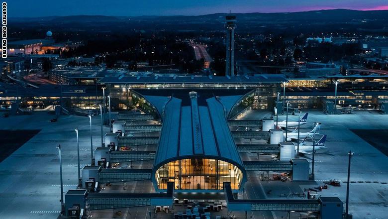 بالصور.. هكذا يجب أن تكون المطارات من حول العالم