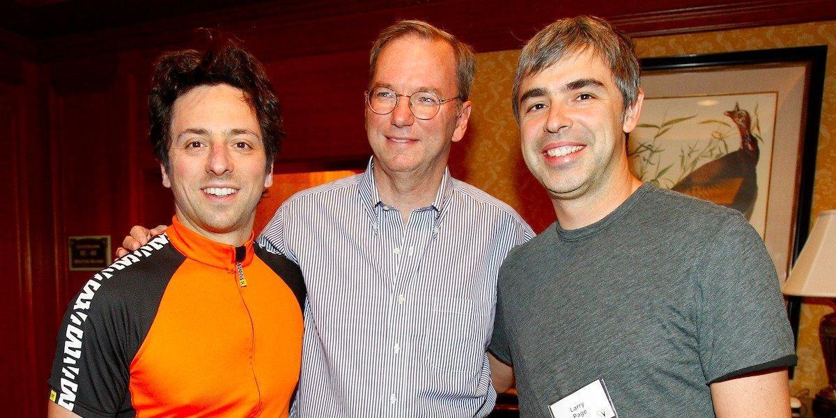 """أدار """"بيدج"""" """"جوجل"""" كمدير تنفيذي حتى عام 2001 عندما استهل """"إريك شميدت"""" إشرافه على الأمور،"""