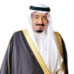 الملك سلمان مغرداً عبر تويتر: أهنئكم بقدوم شهر رمضان المبارك
