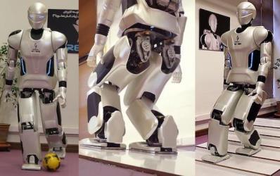 فيديو: مهندسون إيرانيون يبتكرون روبوتا يحاكي حركات البشر باحترافية!