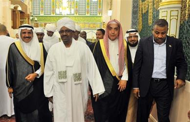 رئيس السودان يزور المسجد النبوي