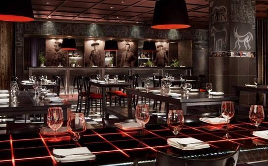 """مطعم """"البازار"""" في فندق """"SLS"""" في مدينة """"لوس أنجلوس"""" الأمريكية"""