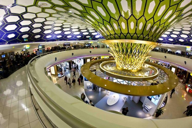 وكان المركز الثاني من نصيب مطار أبو ظبي الدولي بدولة الإمارات العربية المتحدة