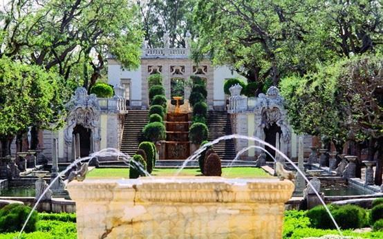 """حديقة """"فيزكايا"""" في ولاية فلوريدا الأمريكية"""