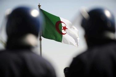 تنظيم داعش يتبنى هجوما احبطته الشرطة في الجزائر