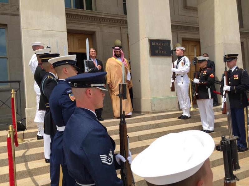 """صور من مراسم استقبال الأمير محمد بن سلمان في """"البنتاجون"""""""