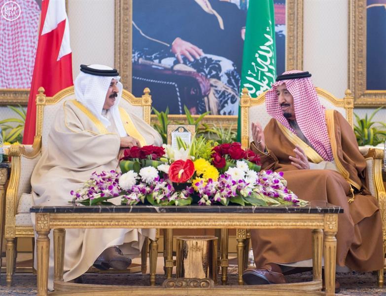 """بالصور.. وصول قادة دول مجلس التعاون إلى الرياض للمشاركة في """"القمة الخليجية"""""""