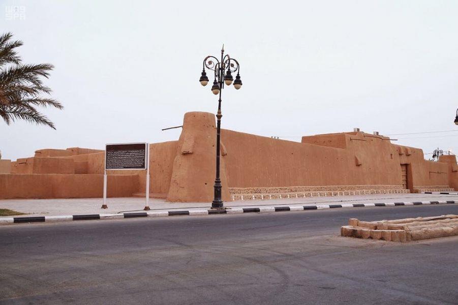 """قصر الملك عبدالعزيز في قرية """"لينة"""".. إطلالة تاريخية عمرها 84 عامًا"""