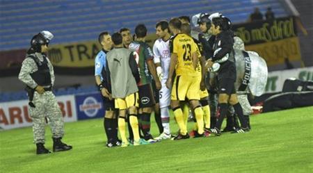 إطلاق نار يلغي مباراة في الأوروغواي