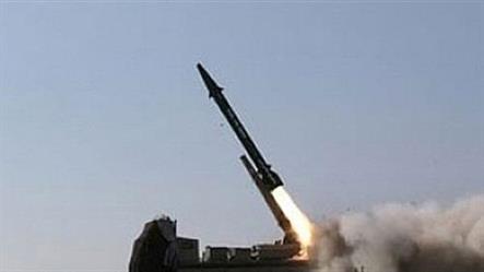 الدفاع الجوي السعودي يعترض صاروخاً باليستياً أطلق من الأراضي اليمنية باتجاه خميس مشيط