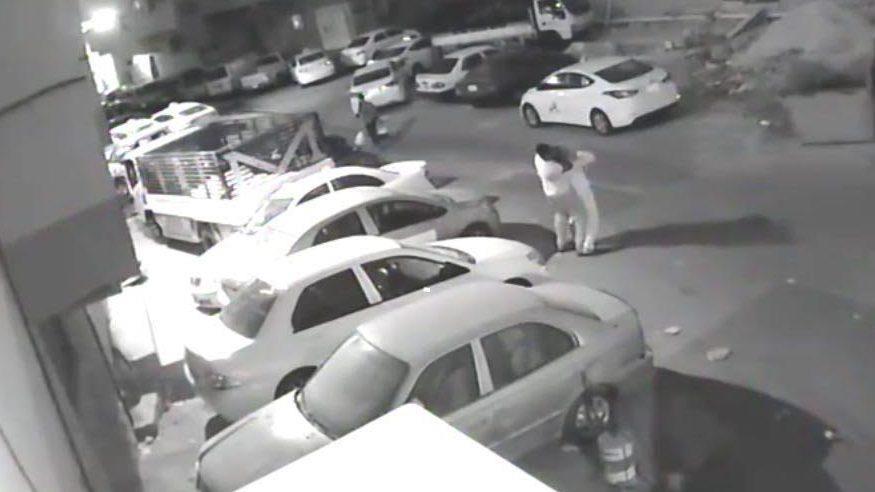 انتشار كاميرات المراقبة في شوارع الرياض جعل من السهل الإيقاع بمرتكبي جرائم الاعتداء بالسطو المسلح على الوافدين في الشوارع،