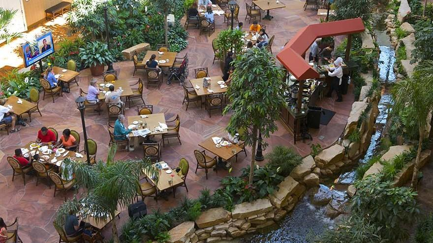 "4- ""Woolleys Classic Suites""، الولايات المتحدة:  يوفر هذا الفندق القائم بولاية كولورادو إقامة مثالية للمسافرين من رجال الأعمال"
