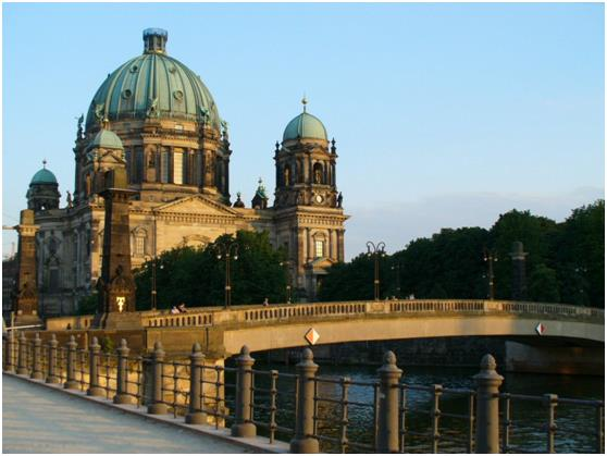وكان المركز السابع من نصيب ألمانيا، والتي يزورها سنويًا أكثر من 31.5 مليون زائر .