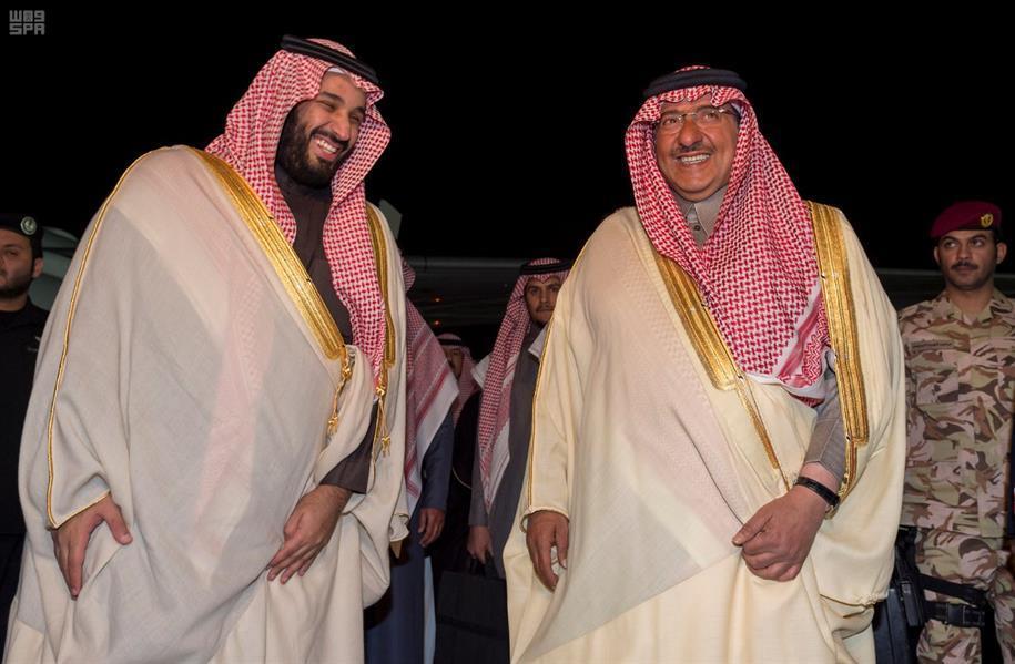 بالفيديو والصور.. ولي العهد يصل إلى الرياض قادماً من خارج المملكة...
