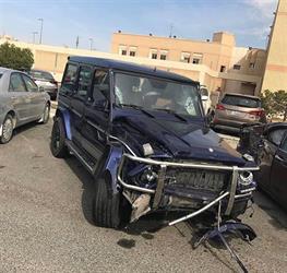 """انشغال قائد سيارة بـ """"سناب شات"""" يؤدي لحادث مع سيارة قطعت الإشارة (فيديو)"""
